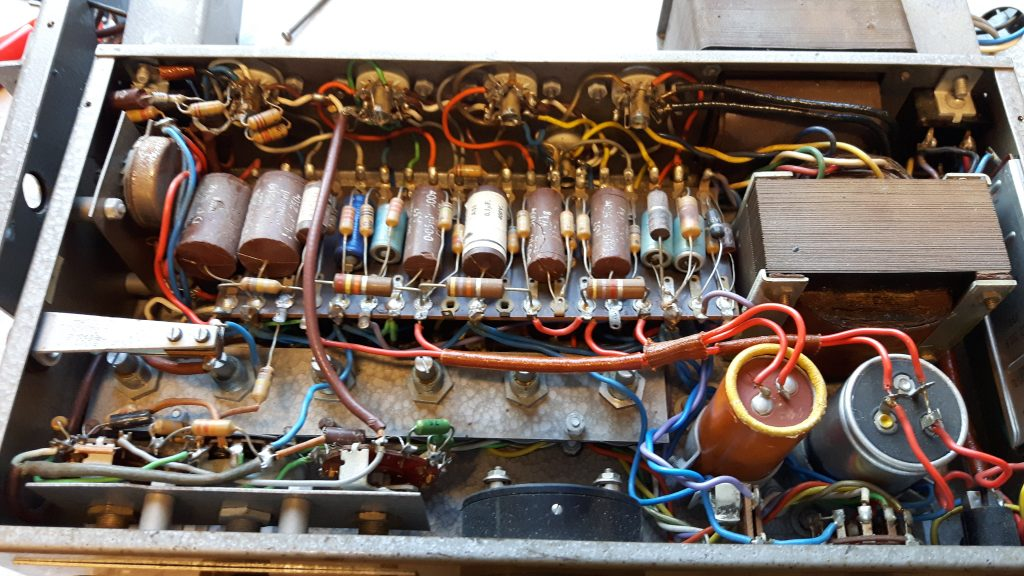 Restoring and modifying an old tube amplifier (English translation